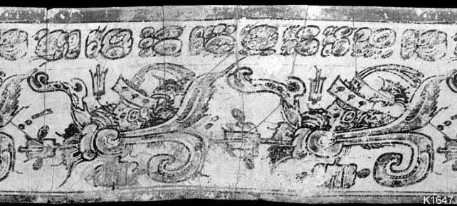 Rollout of Kerr 1647, showing two pseudo-Teotihuacan figures with jaguar paw and flame elements. Photograph by Justin Kerr.